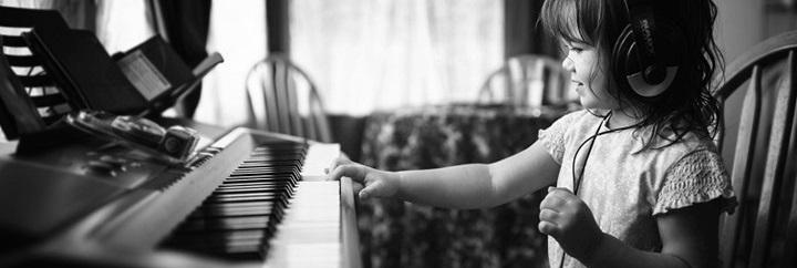 hoc-choi-piano